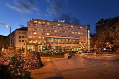 Apollo Hotel na Dulovom námestí v Bratislave